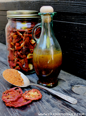 A tomato powder vinaigrette, a great flavor of the summer!