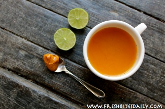 An anti-inflammatory golden tea, ready for your office, ready for the road